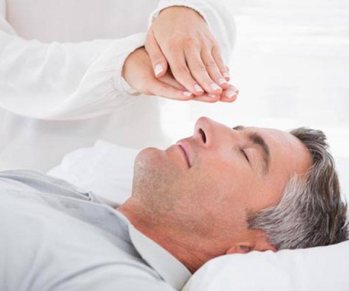 Reiki treatment for relaxation